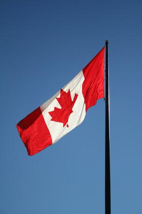 canada-flag-1551459