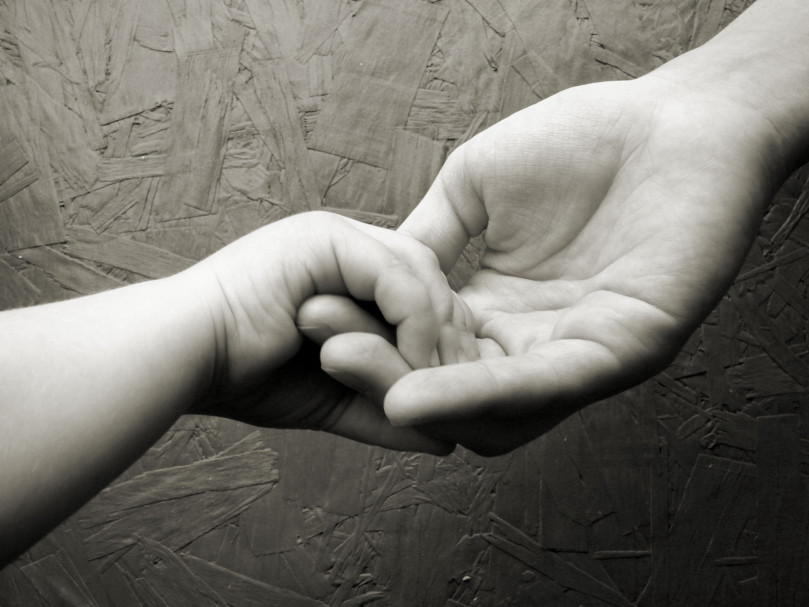 hands-1179340