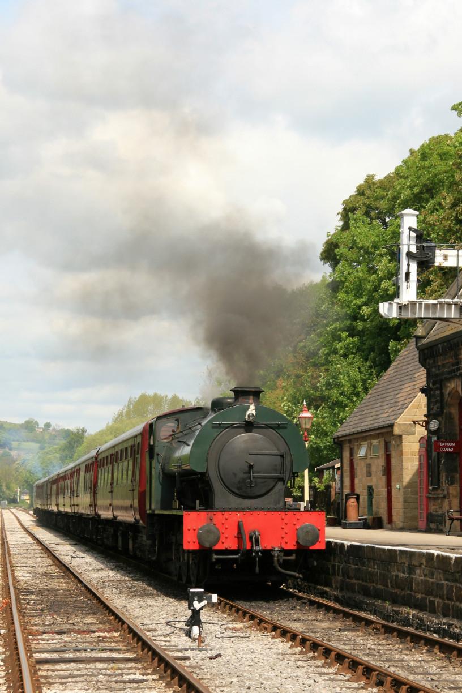 steam-train-1371208