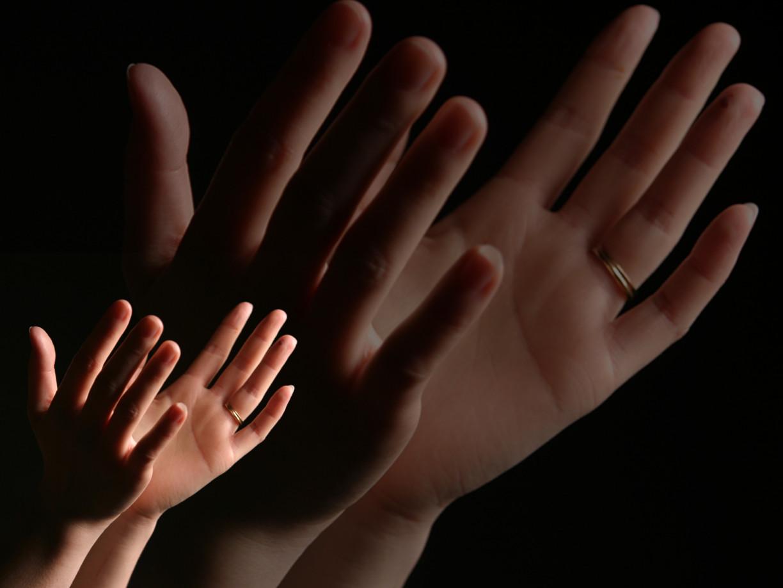worship-hands-1440139 (1)